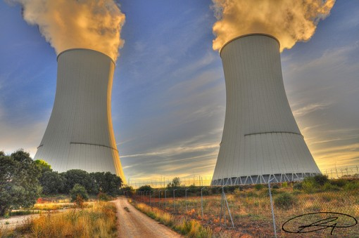 Pros and Cons of Nuclear Energy - Conserve Energy Future