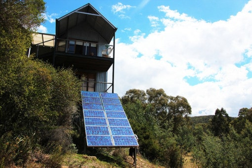 off-the-grid-using-solar