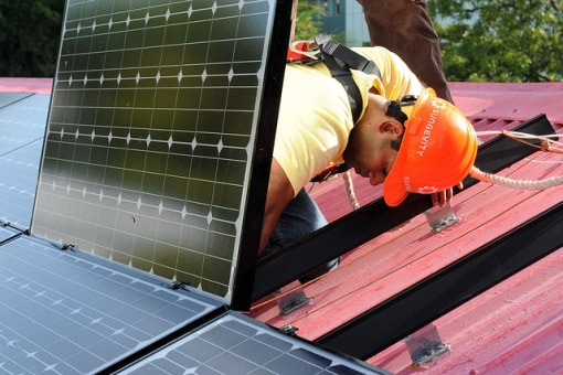 install-solar-panels-at-home