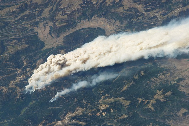 astronaut-view-of-fires-in-colorado