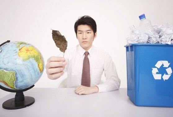 minimize-waste-by-recycling