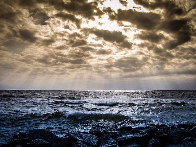 sky-clouds-landscapes-blue-nature-ocean