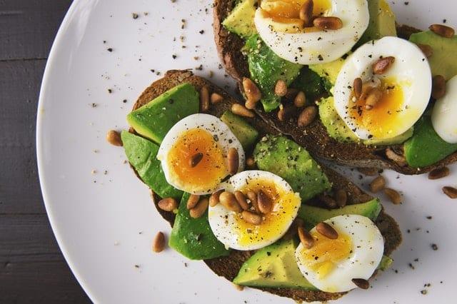 appetizer-avocado-bread-breakfast-food