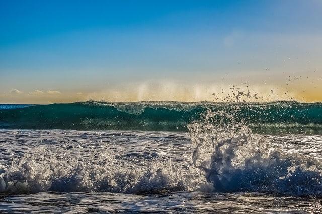 Risultati immagini per energy from waves