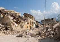 What Causes Earthquakes: Types and Effects of Earthquakes