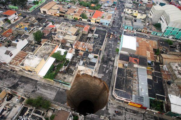 guatemala-city-sinkhole