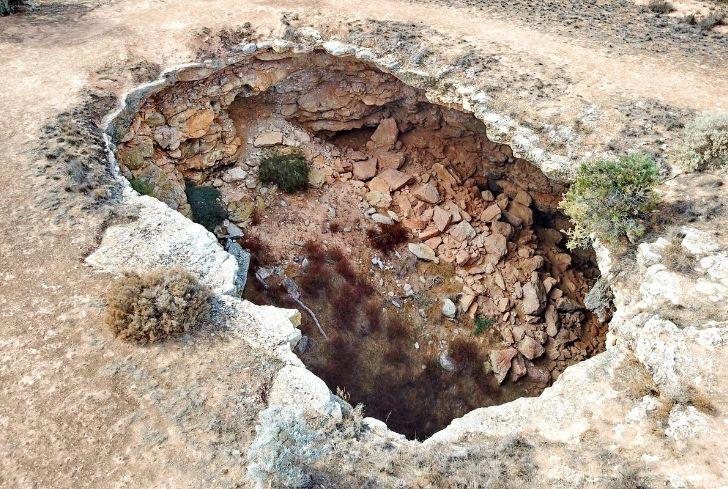 sinkhole-in-australia