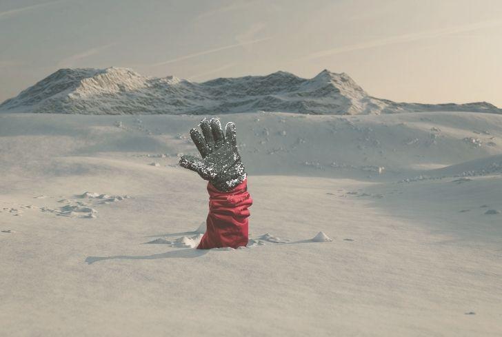 man-raising-hand-Avalanche