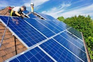 photo-solar-panel-installation