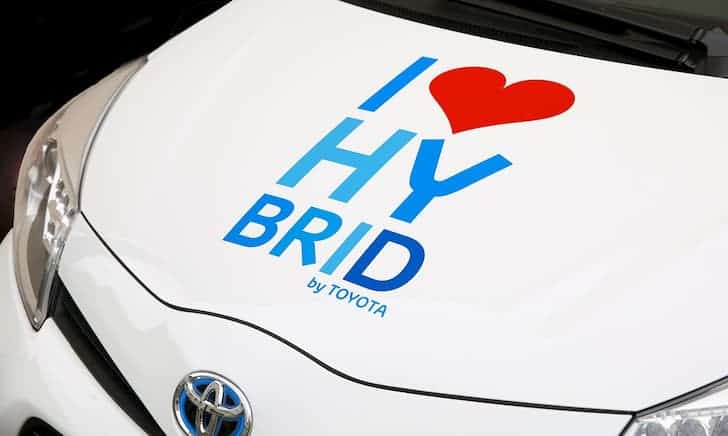 hybrid-car-toyota
