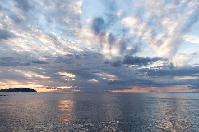 cloud-over-sea