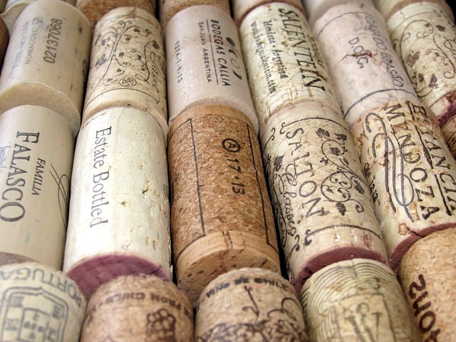 cork-wine-cork-stoppers-cover