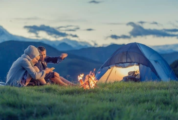 bonfire-with-camping