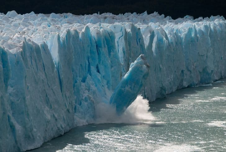 melting-glacier-global-warming