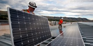 solar-panels-installation-workers