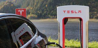 tesla-tesla-model-x-charging