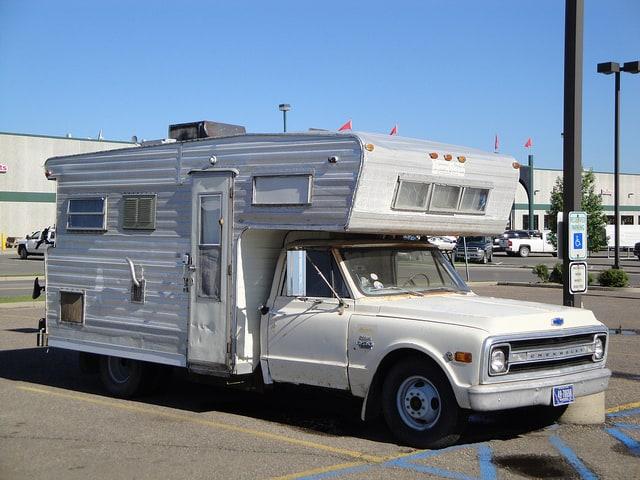 Chevrolet-C30-Motorhome