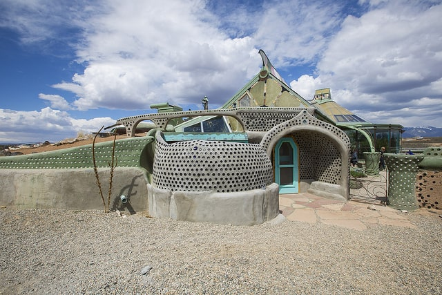beautiful-earthship