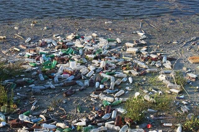 bottles-dump-floating-garbage