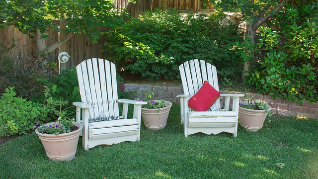 backyard-chairs-leisure-garden