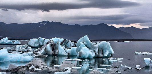 glacier-mountains-landscape