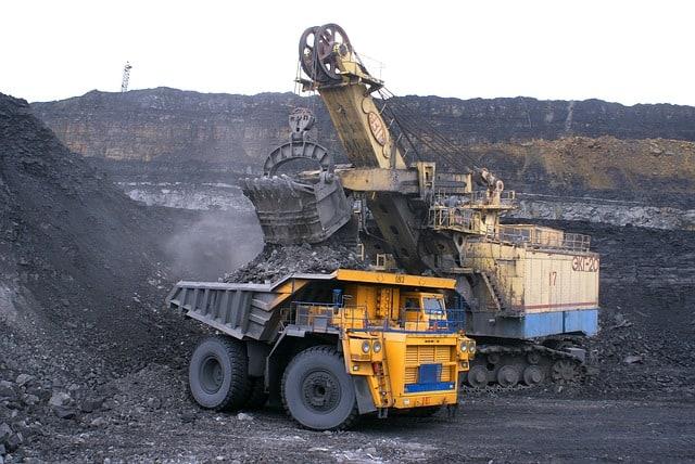 industria-volquete-minerales-carbón