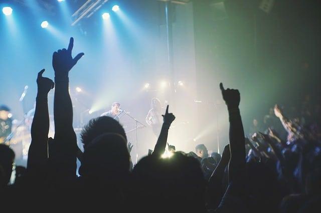 live-concert-concert-stage-people-noise