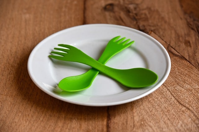 plate-china-eating-tableware-spoon