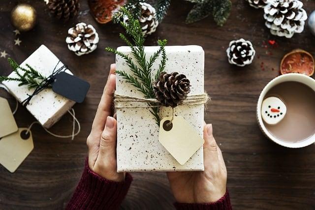 box-gift-present-xmas-celebrate