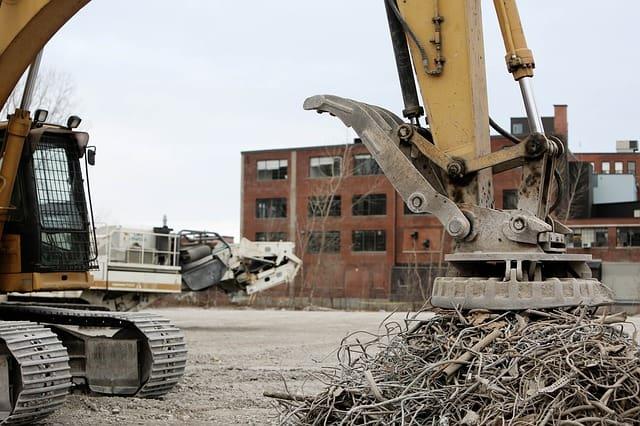 electromagnet-magnet-iron-junk-yard-construction-waste