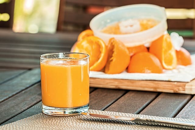 fresh-orange-juice-squeezed