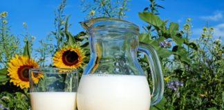 milk-glass-fresh-healthy-drink