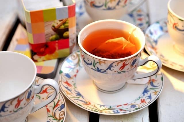 tee-teacup-service-tea-bags