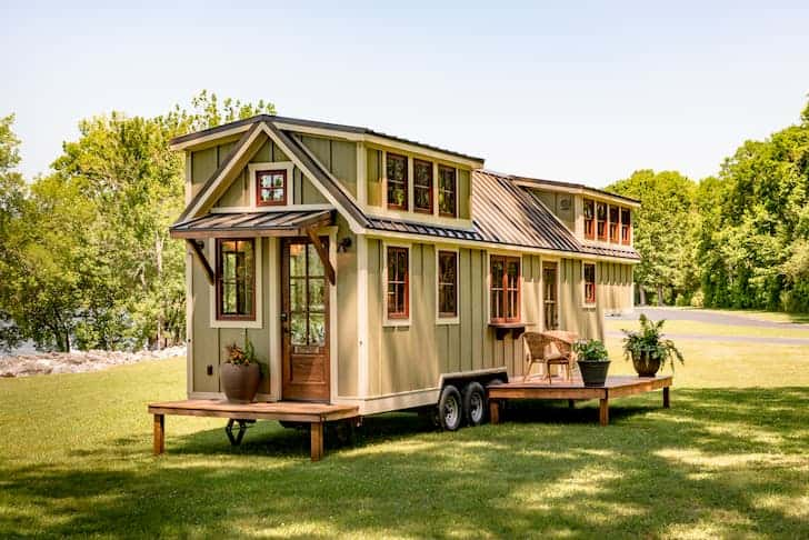 small-tiny-house-living