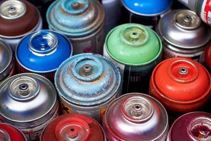 aerosols-cans-colors