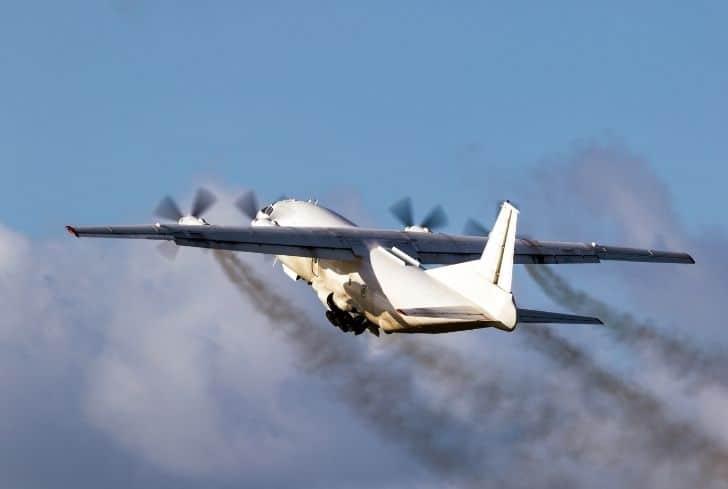 aviation-aeroplane-pollution