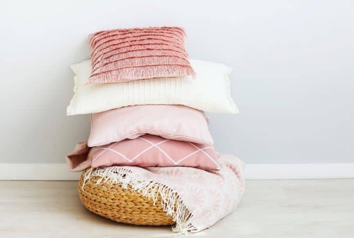 bunch-of-pillows