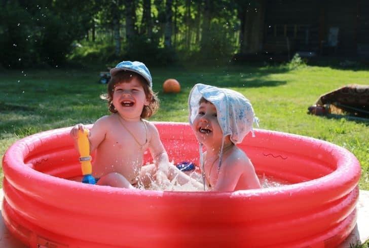 kids-enjoying-in-inflatable-pool