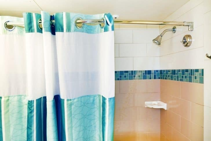 shower-curtain-liners