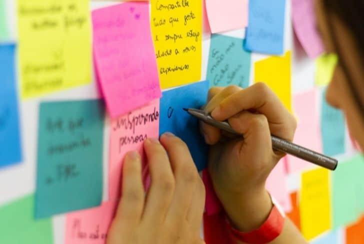 colorful-sticky-notes